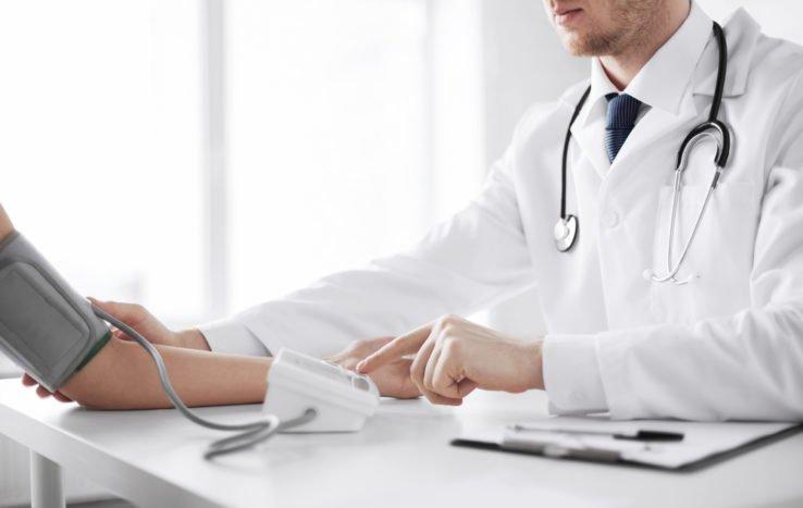 alacsony vérnyomás tünetei