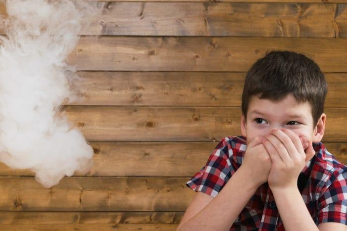 megakadályozzák a gyermekek dohányzását